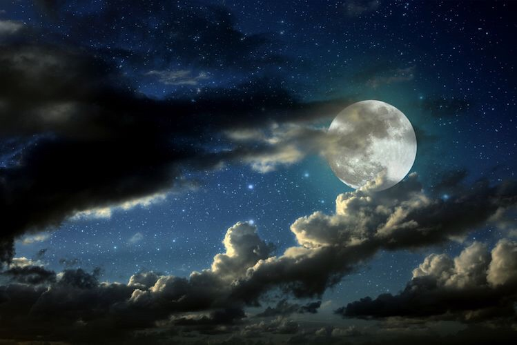 Les signes astrologiques qui seront les plus affectés par la Lune des moissons de 2018